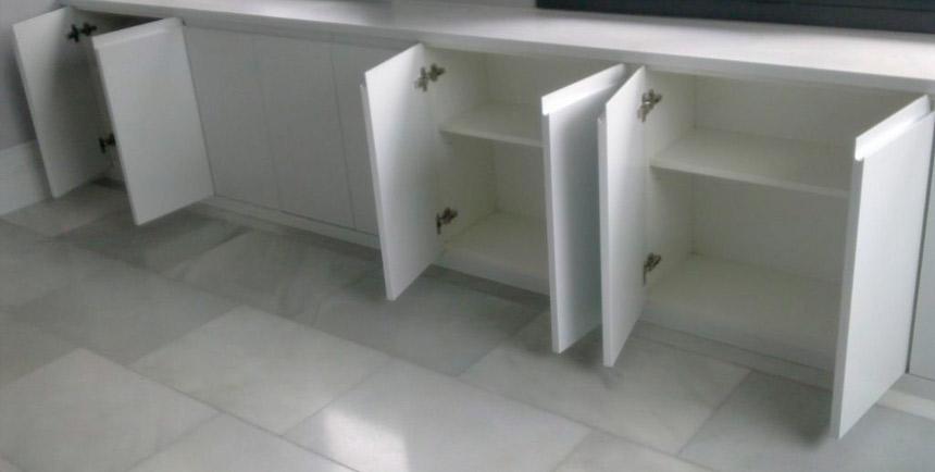Como hacer un mostrador de madera mostrador de recepcin - Como hacer puertas de armario ...