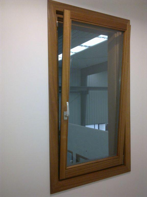Diseno de ventanas de madera carpinter a malmas n for Ventanas en madera