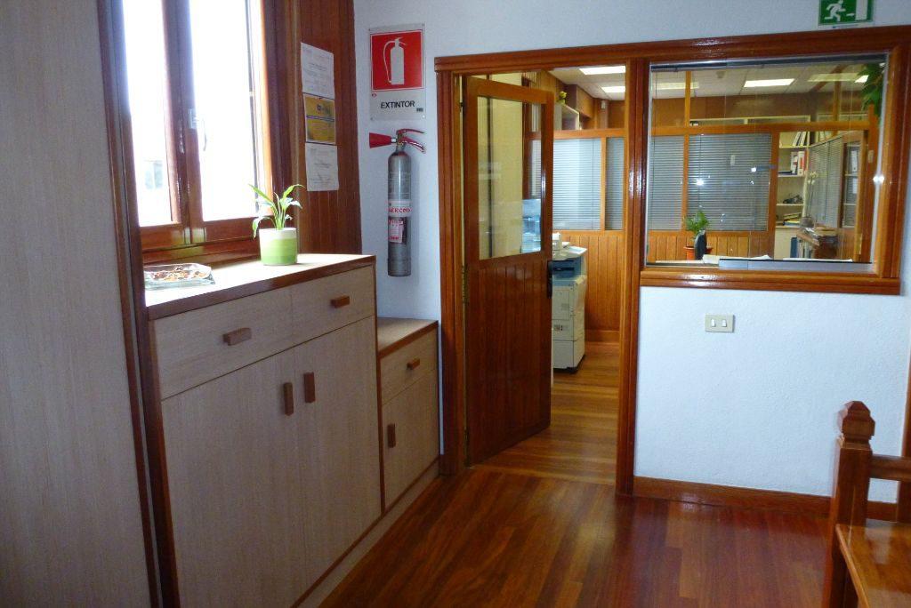 Dise os de puertas de madera carpinter a malmas n for Diseno de puertas en madera para exteriores