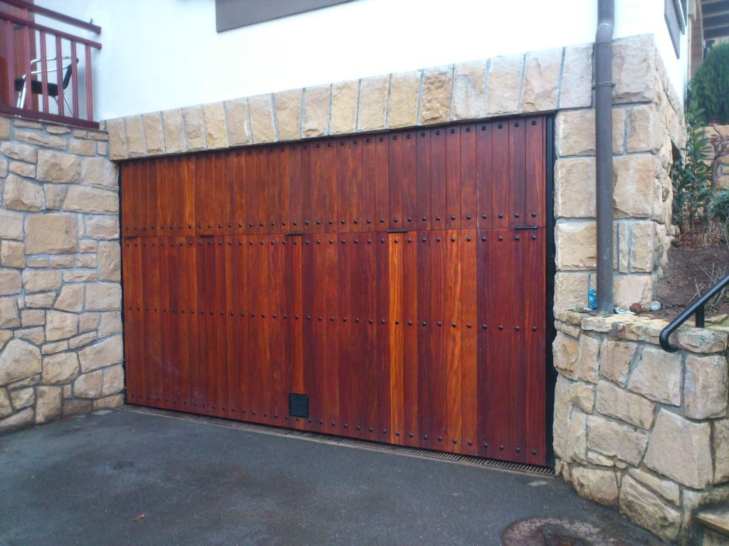 Revestimientos y cerramientos exteriores carpinter a - Revestimiento de madera ...